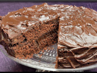 Devil's Food Cake de Nigella Lawson